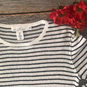 H&M L. O. G. G. Striped Sweater Size Small
